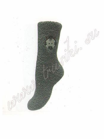 Носочки Griff D9N2 ZOO10Зимние носочки Griff D9N2 ZOO10, с слоем предотвращающем скольжение,  позволяет носить носки дома без тапочек, предохраняет носки от  изнашивания и не дает поскользнуться на гладкой поверхности. Помимо  этого покрытие воздействует на рефлекторные точки стопы посредством  массажа, стимулируя и балансируя общее состояние внутренних органов и  организма в целом. Зимние носки - это ощущение сухости, тепла и комфорта  ног в холодное  время года. Носки хорошо впитывают влагу, предохраняют  ноги от сырости и  обеспечивают хорошую терморегуляцию.<br>