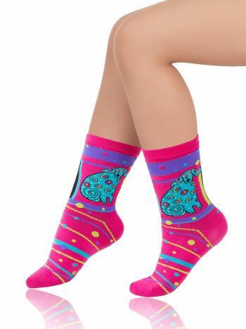 Носки Charmante SCHK-1472Носки Charmante SCHK-1472. Хлопоковые носочки, с разноцветным рисунком по всей ткани. Такая весёлая модель поднимет Вам настроение и разнообразит стиль!<br>
